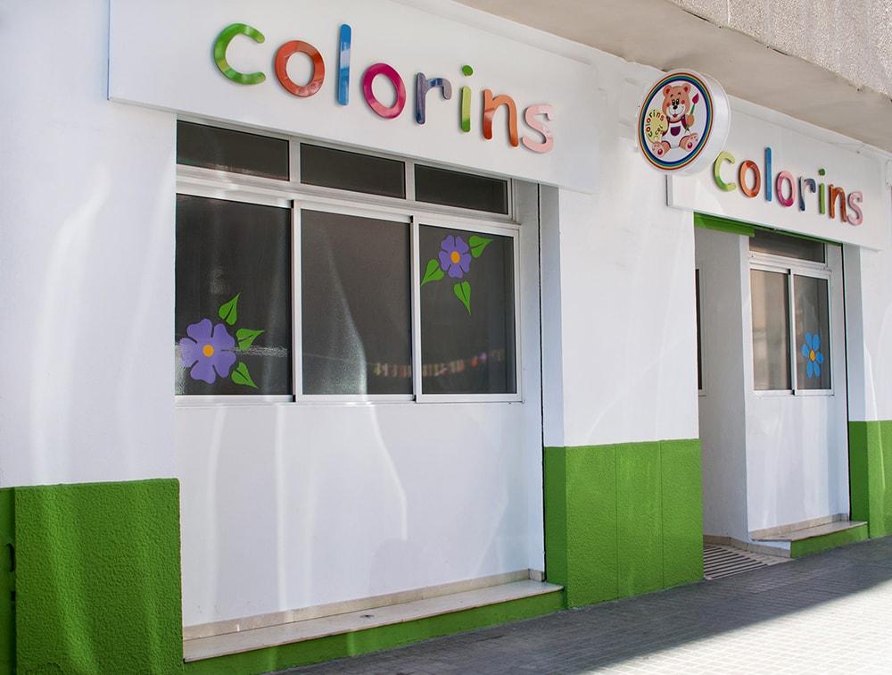 Foto fachada nueva escuela colorins valencia